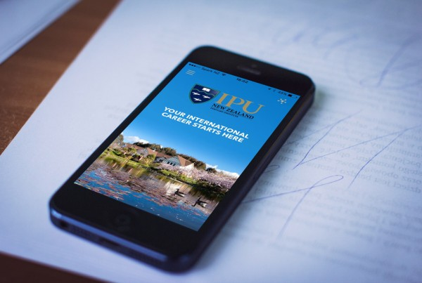ipu-iphone-mockup